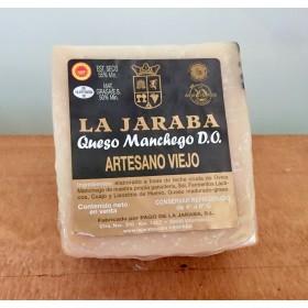 QUESO ARTESANO VIEJO PAGO DE LA JARABA, CUÑA 750g aprox.