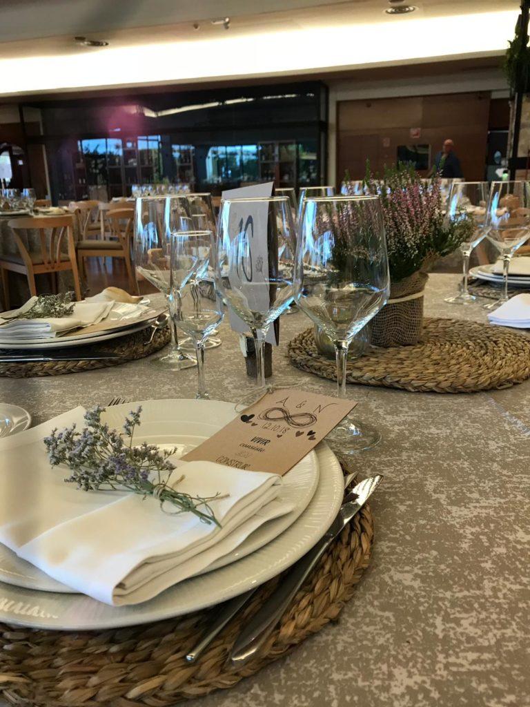 una boda muy personal mesa