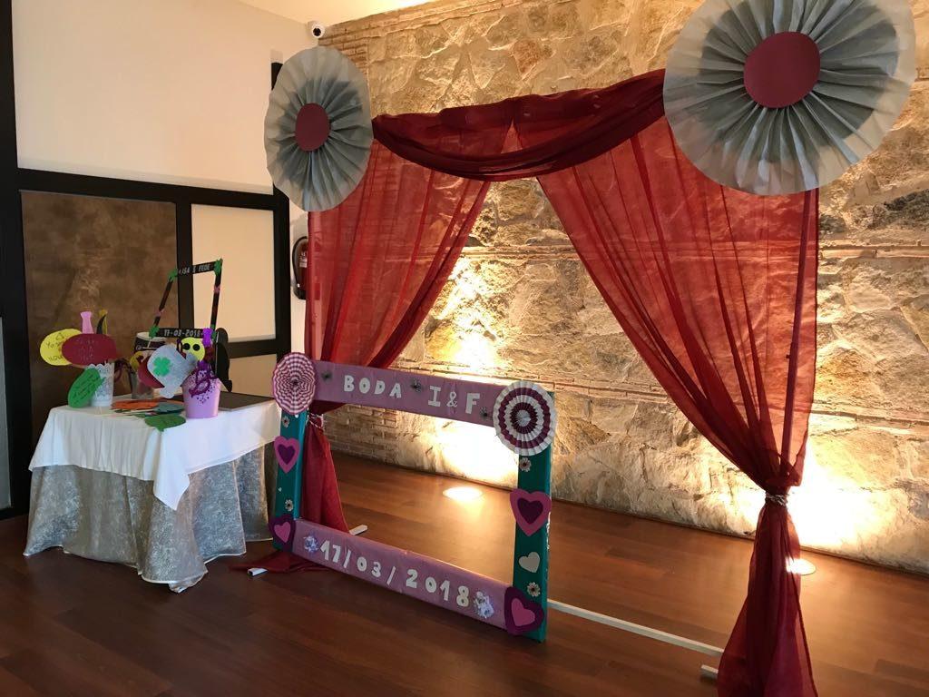photocall de bodas marco