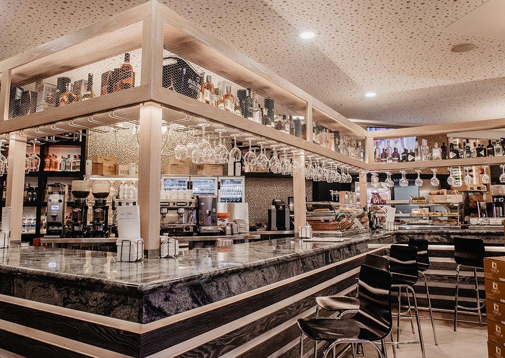 Cafetería en carretera cerca de Albacete