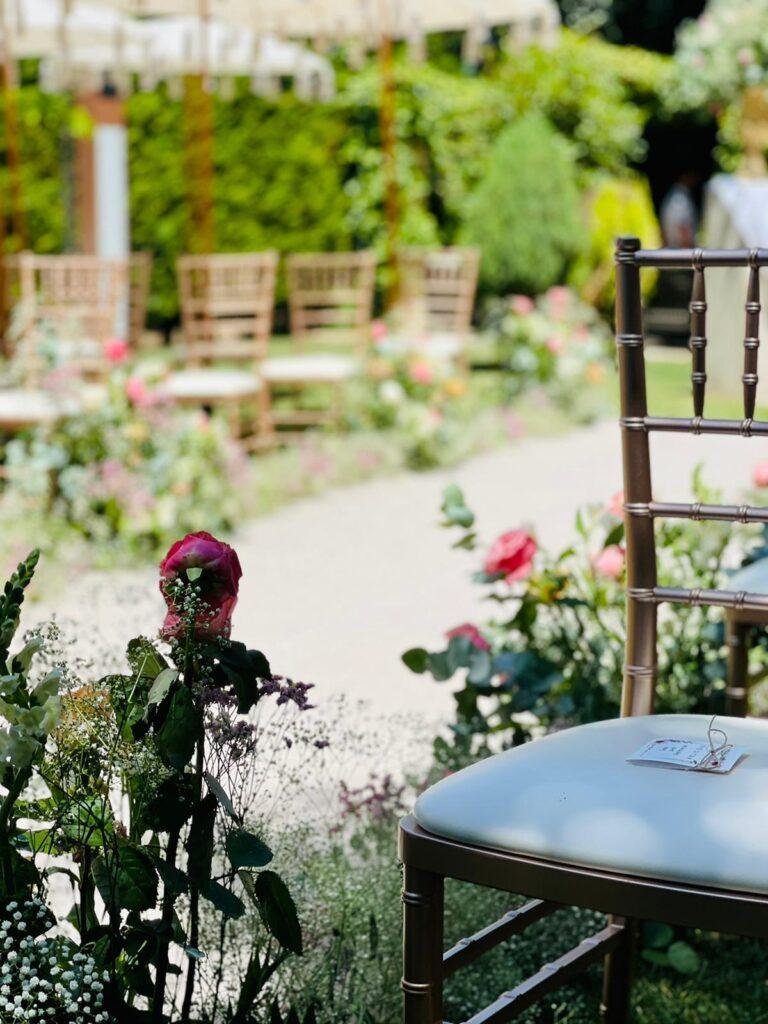 silla de boda romántica